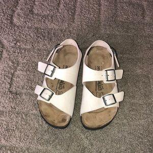 Women's white sandal  birkenstocks size 6